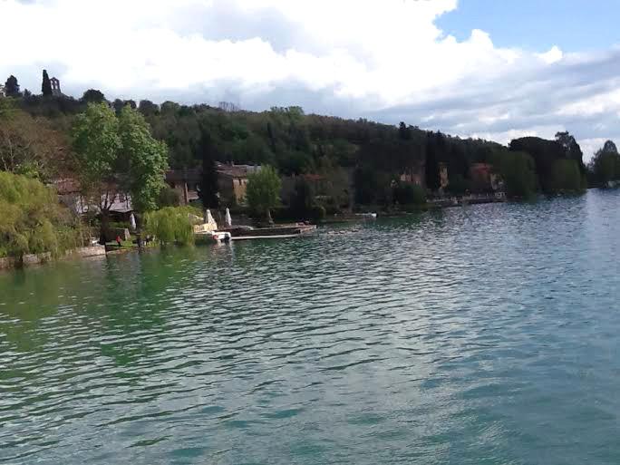 lago vicino tenuta badia