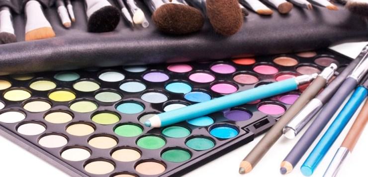 I 'trucchi' per riconoscere i buoni cosmetici
