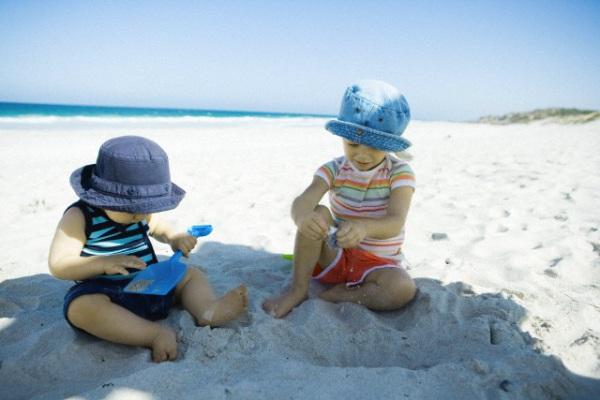 bambini al sole