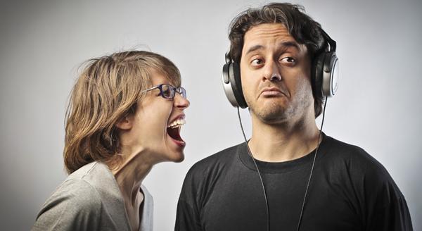 gli uomini fanno fatica ad ascoltare