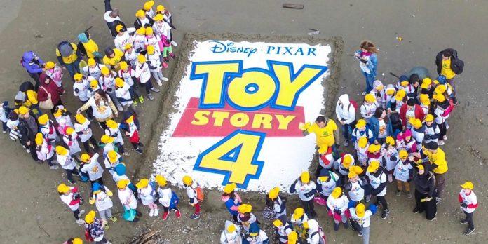 Legambiente e Toy Story 4 insieme per l'edizione 2019 di Spiagge e fondali puliti: il 25 e il 26 maggio oltre 250 appuntamenti in tutta Italia per ripulire i nostri litorali dai rifiuti.
