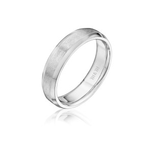leo-ingwer-custom-wedding-bands-classic-standing-XBCF5G