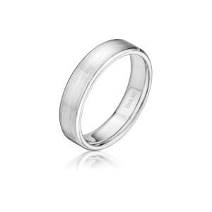 leo-ingwer-custom-wedding-bands-classic-standing-XFCFRE5G
