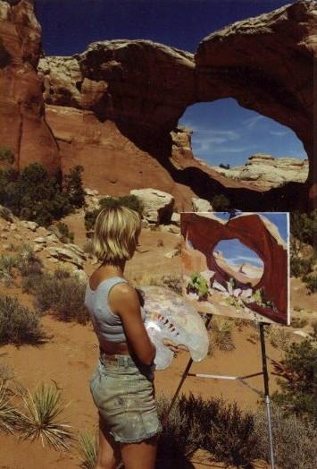 Nathalie Jolibois à la Grande Arche dans l'Utah - USA