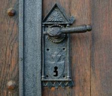 old-church-door-architecture-pixabay