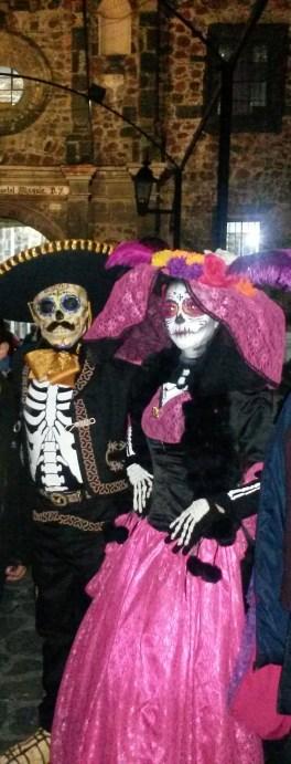 Catrín y Catrina en Mixquic