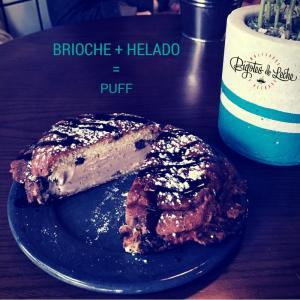 Puff. Un pan brioche caliente con helado. Foto tomada de la página de facebook de Bigotes de Leche