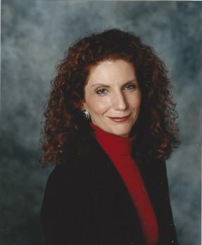 Leora Hoffman