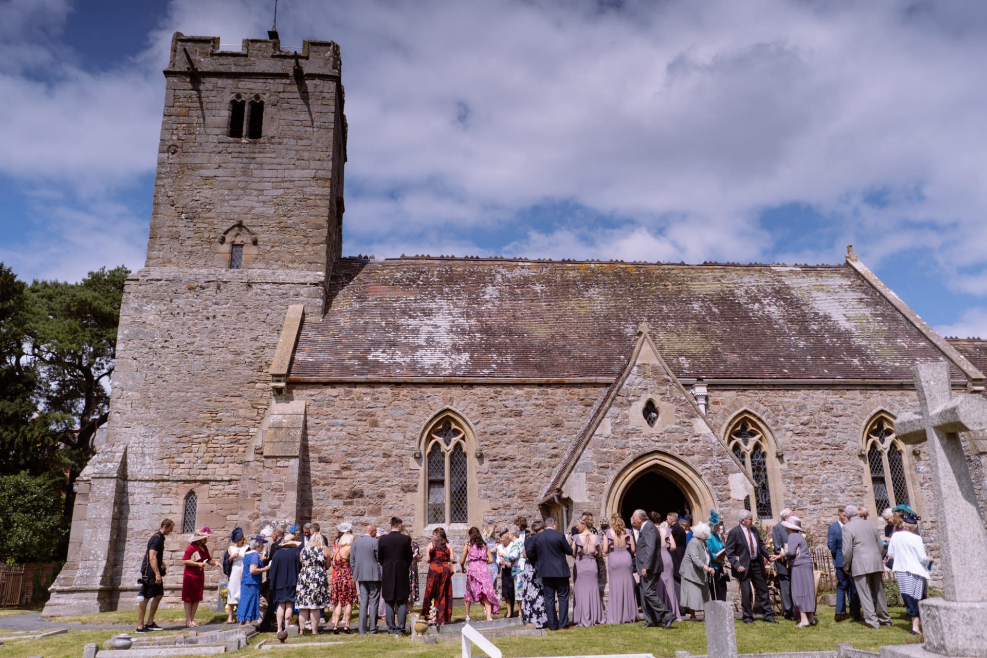 Gus and Emilie Herefordshire Wedding