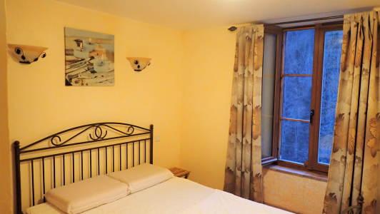vakantiehuis-6-personen-pyreneeen-slaapkamer-2-personen-2.jpg