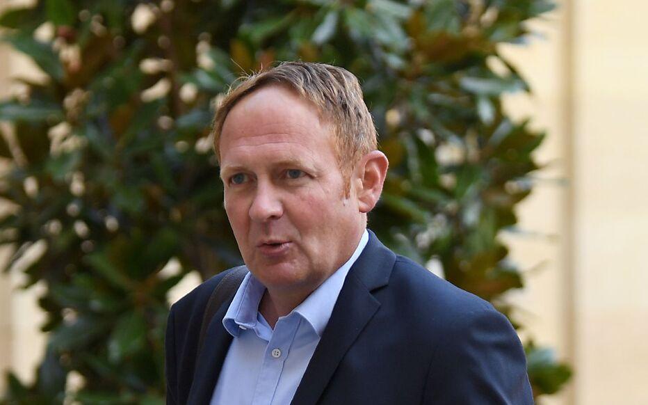 Paris, le 6 septembre 2019. Laurent Escure arrive à Matignon pour une réunion avec le Premier ministre.