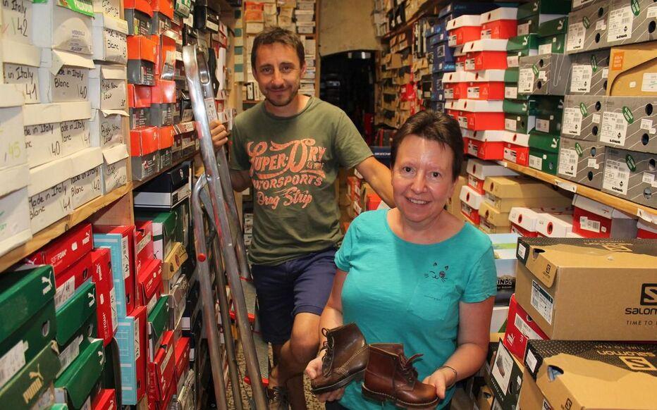 Nozeroy Dans Le Jura Ses 400 Habitants Et Son Incroyable Magasin De Chaussures Le Parisien