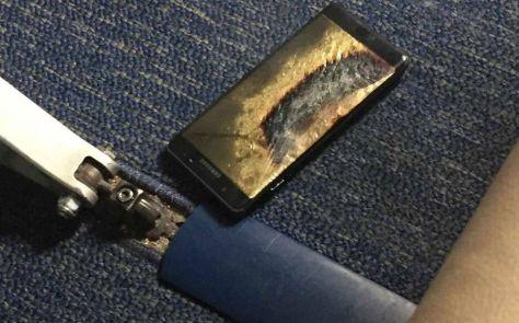 Ce téléphone Galaxy Note 7 a commencé à brûler alors que son propriétaire allait effectuer un vol entre Louisville et Baltimore aux Etats-Unis