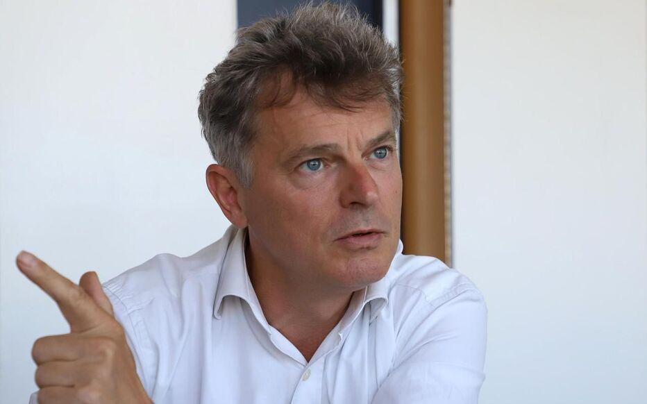 A l'approche des élections municipales, Fabien Roussel, numéro 1 du PCF, appelle à l'union des gauches.