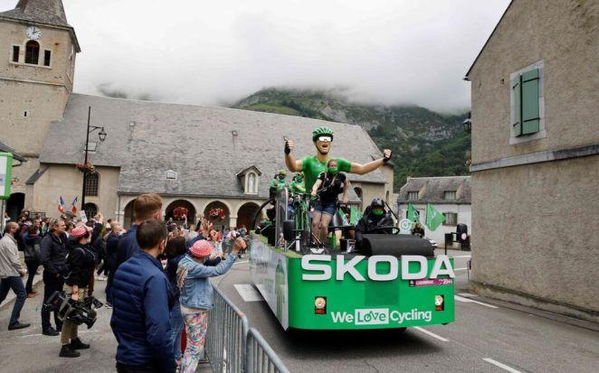 La caravane du Tour reste un incontournable pour les organisateurs du Tour comme pour les fans de la Grande Boucle. AFP/Ludovic MARIN