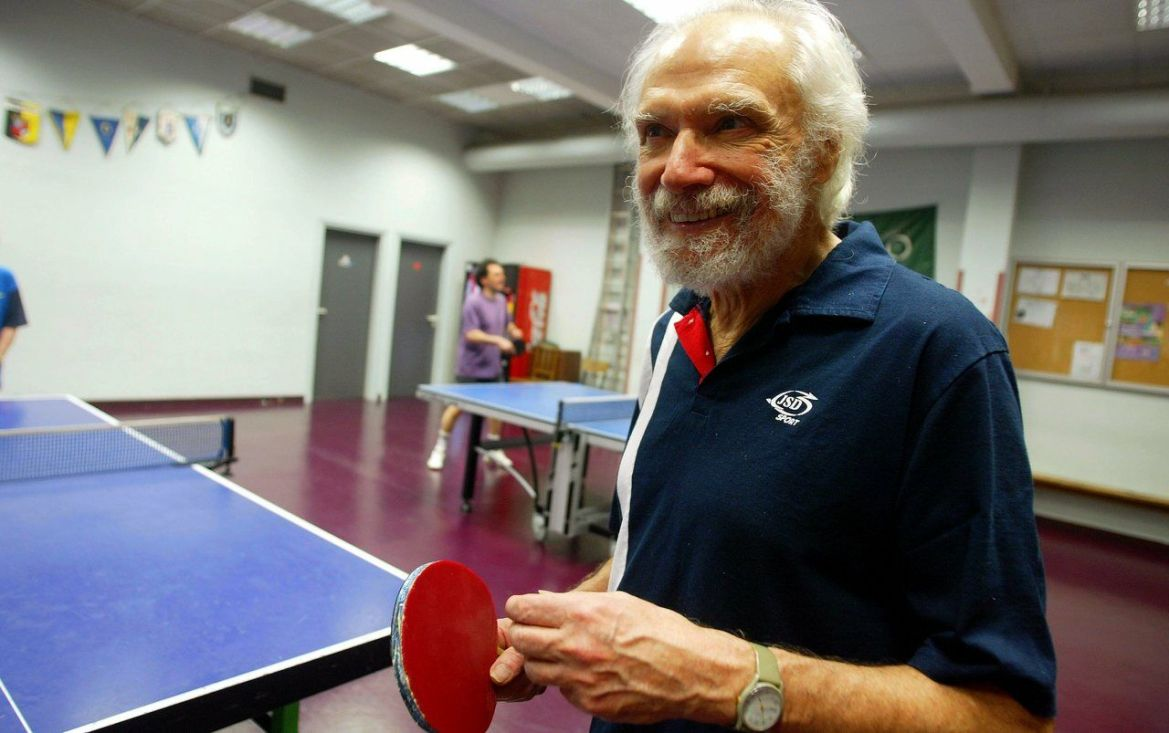 Singer Georges Moustaki was a table tennis player at the US Metro during the 1990s ./LP/Philippe Lavieille