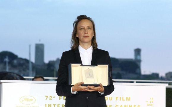 Cannes, 2019. Céline Sciamma avec son prix du meilleur scénario. LP/Frédéric Dugit