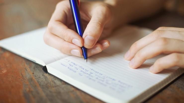 Ecrire sur un carnet