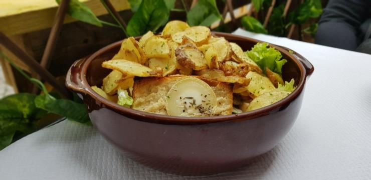 Salade géante au Relais Gascon