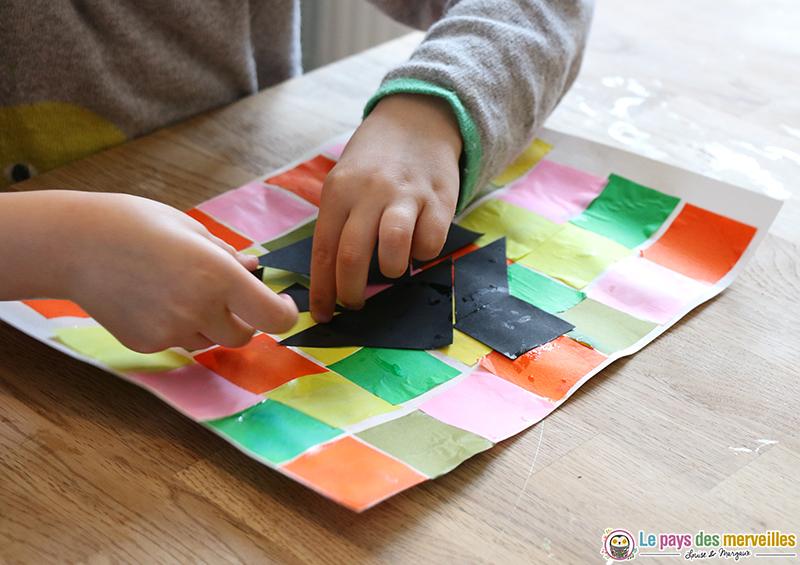 Tangram Maison Sur Un Collage De Papier De Soie Art Visuel