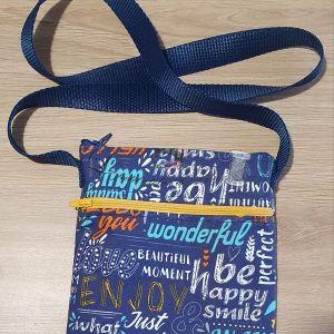 Le petit atelier de Lily sacoche bleue