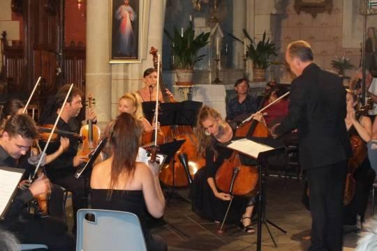 Sous la direction de Claude Roubichou, l'orchestre Mozart de Toulouse a enchanté le public