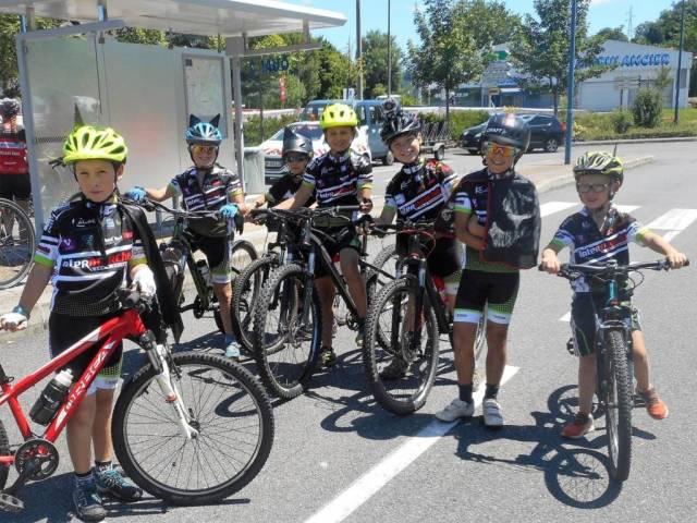 Les plus jeunes ont participé à l'étape au départ de La Mouline