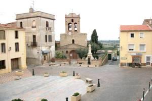 Place centrale de Banyuls Dels Aspres