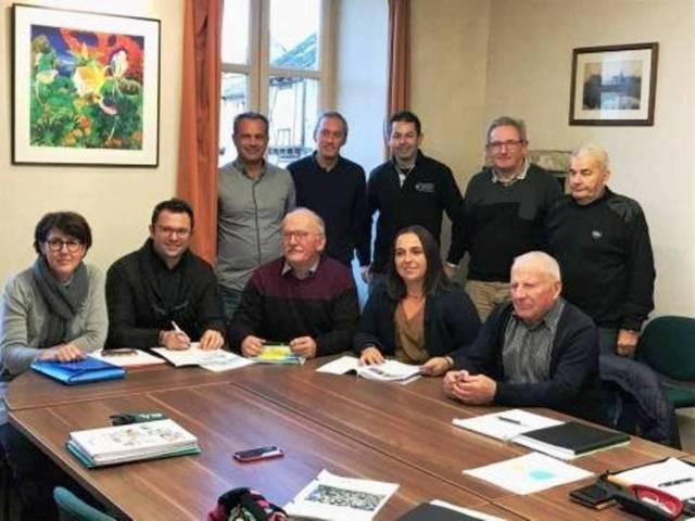 Les participants à la réunion du 8 novembre.