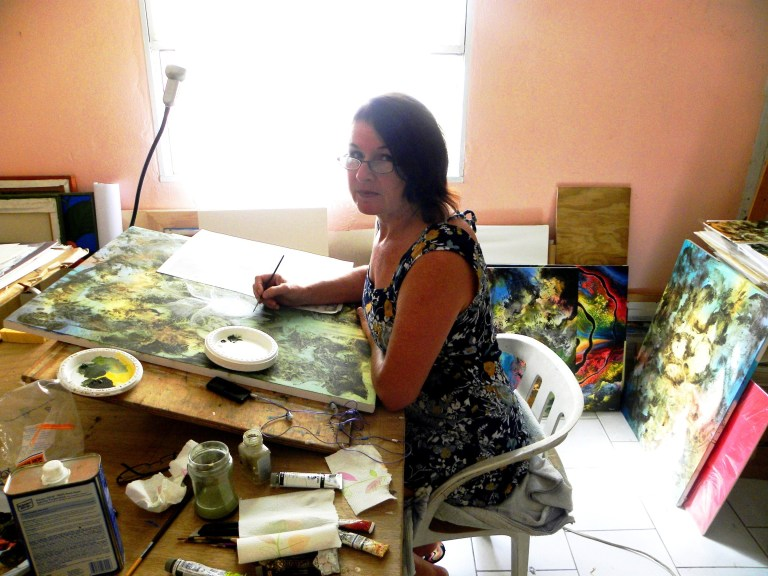 Stephanie Tihanyi dans son atelier