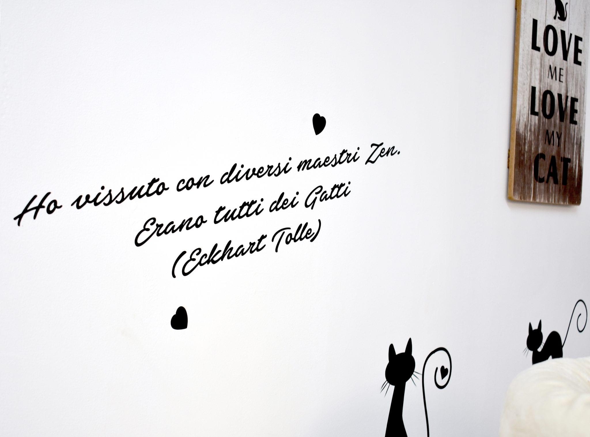 Cat Café di Chry - scritta - LePlume