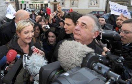 Radio J annule l'interview de Marine Le Pen (FN) prévue dimanche
