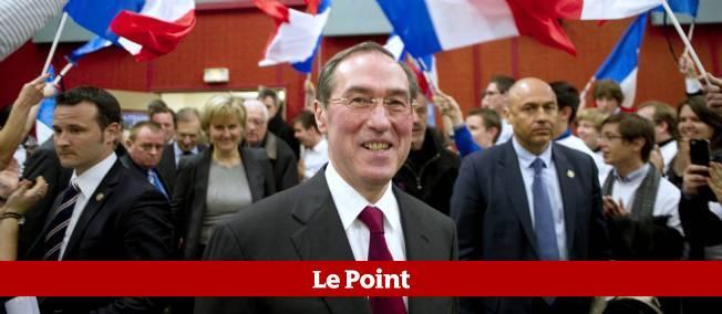 """""""Accepter le vote des étrangers, c'est la porte ouverte au communautarisme"""", a déclaré Claude Guéant lors d'une réunion électorale vendredi à Velaine-en-Haye, près de Nancy."""