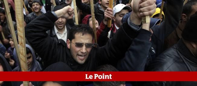 Pro et anti-Bachar el-Assad se sont affrontés à Tipoli, grande ville au nord du Liban.