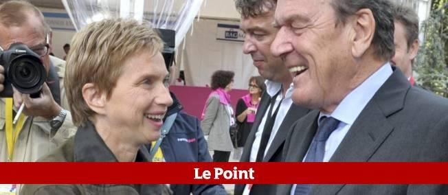 Gerhard Schröder était l'invité de l'université du Medef à Jouy-en-Josas le 31 août 2012.