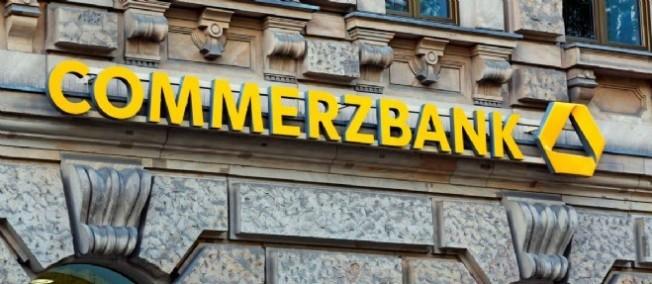 La Commerzbank est la première grande banque à instaurer cette mesure.