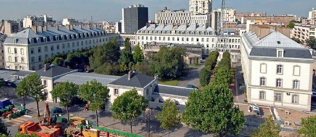 Le siège de la DGSE, boulevard Mortier à Paris.