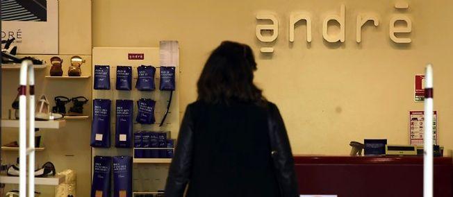 Chez le chausseur André, 37 magasins vont mettre la clé sous la porte, avec une centaine de suppressions de poste.