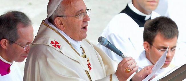 """C'est la première fois qu'un pape parle publiquement, lors d'une allocution, du """"génocide"""" des Arméniens."""