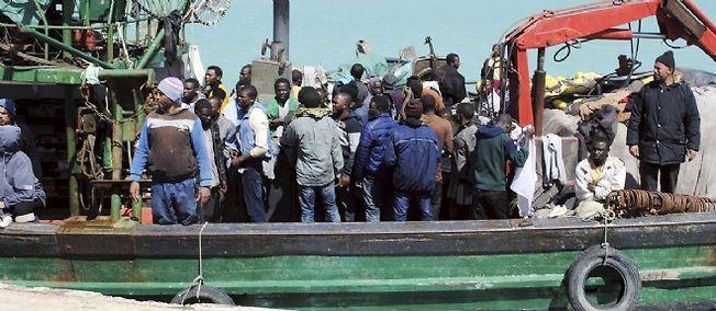 L'Union européenne pourrait décider de couler les bateaux des passeurs. Photo d'illustration.