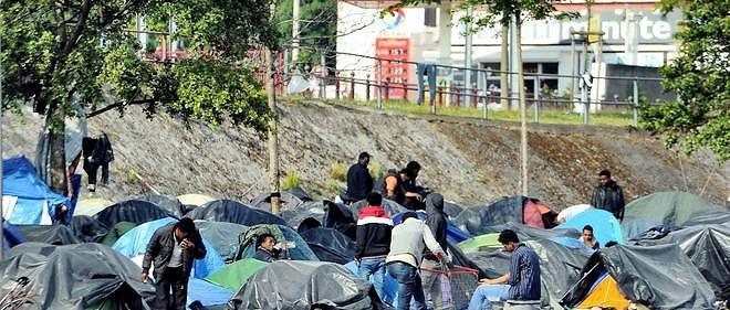 Des migrants près de Calais.