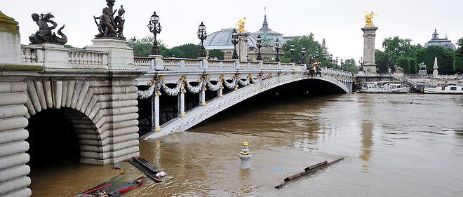 Le niveau de la Seine a atteint 6,10 m.