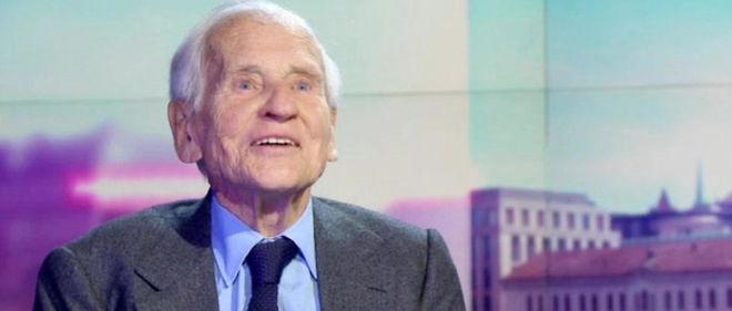 Jean d'Ormesson invité par la télévision suisse romande a prédit la victoire de Juppé... et de l'immobilisme.