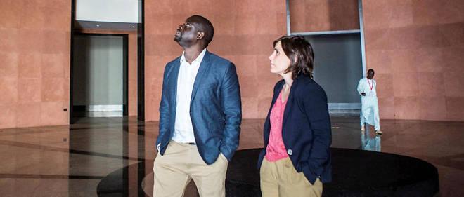 Benedicte Savoy et Felwine Sarr au musee d'art africain de Dakar, au Senegal, ici en mai 2018 lors de la Biennale de Dakar.
