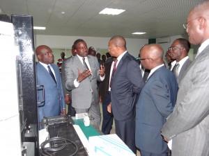 Quelques explications au ministre de la Poste et des Technologies de l'Information et de la Communication (Ph: Dr)