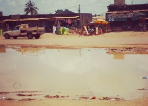 La dégradation des voies bitumés et non bitumées de la cité de San-Pedro (Ph:Dr)