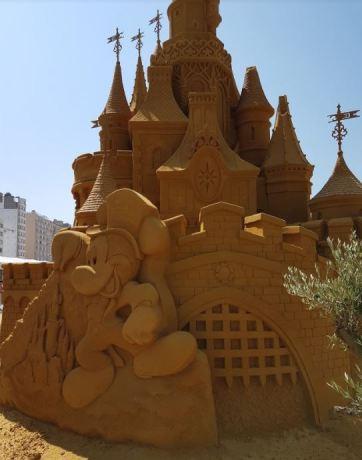 Zandsculpturen festival Oostende