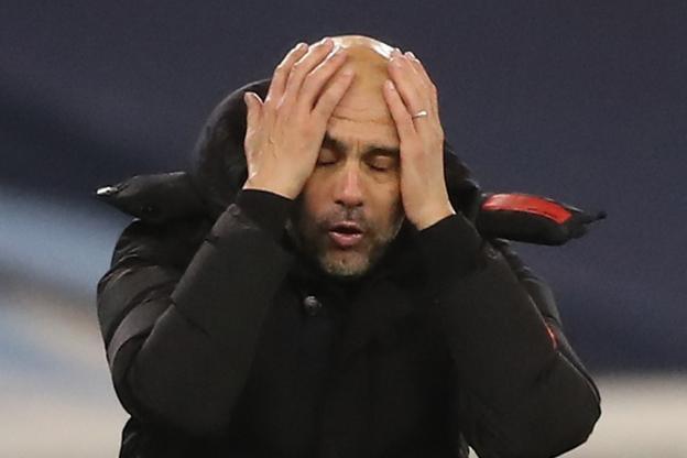 Pep Guardiola peut se prendre la tête à deux mains: City a beaucoup vendangé contre West Bromwich (1-1). (M.Rickett/Reuters)