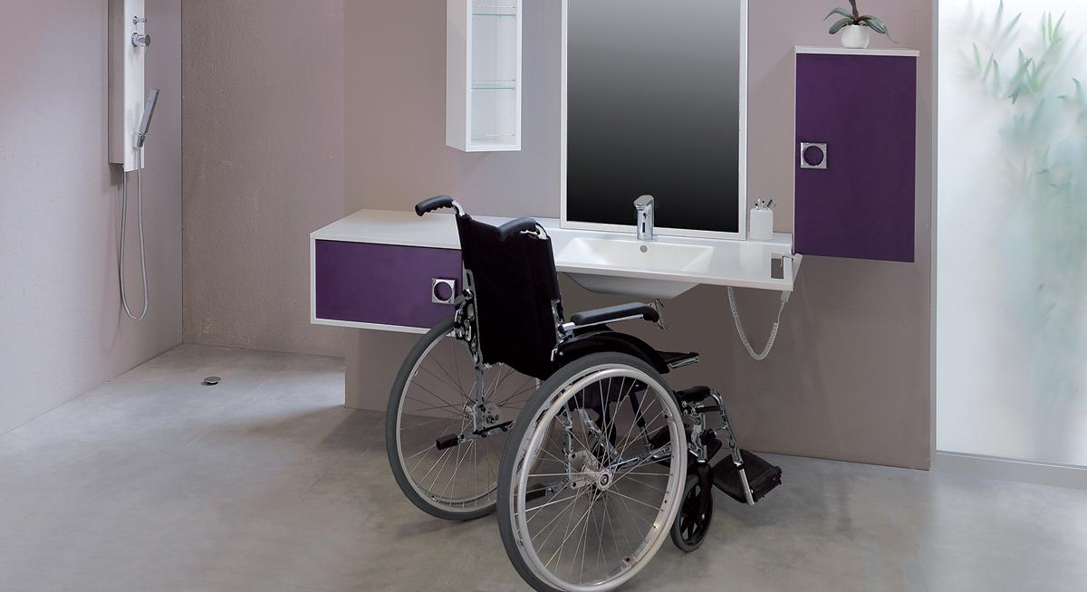 bailleurs adaptez vos logements aux locataires ages ou handicapes le revenu