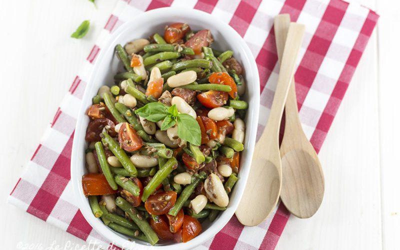 Fagiolini con pomodori, cannellini e semi di lino